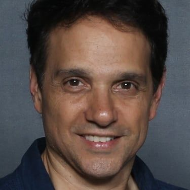 Ralph Macchio Image