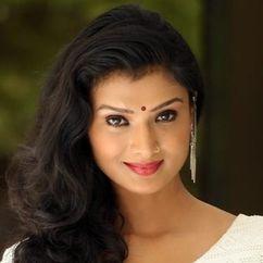 Ishita Vyas Image