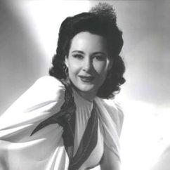 Corinna Mura Image