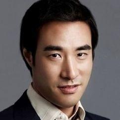 Bae Seong-woo Image