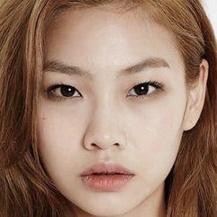 Jeon Soo-jin Image