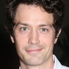 Christian Coulson Image