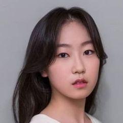 Kim Hwan-hee Image