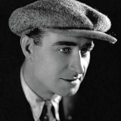 Frank Lloyd Image