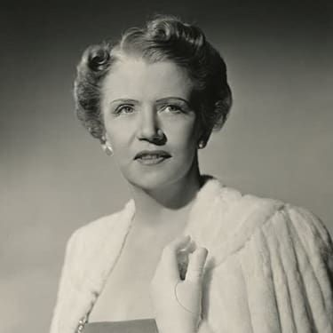 Cora Witherspoon Image