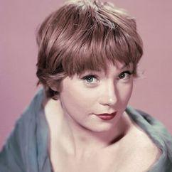 Shirley MacLaine Image