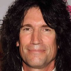 Tommy Thayer Image