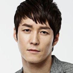 Shim Hyung-tak Image
