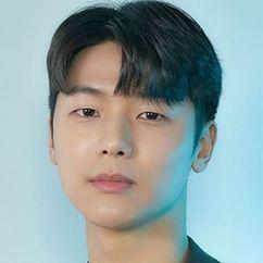 Kang Min-Hyuk Image