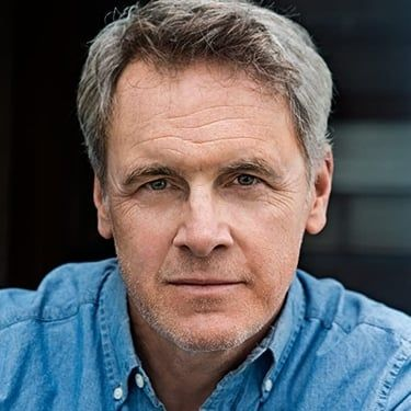 Mark Moses Image