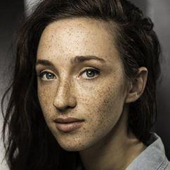 Ellie James Image