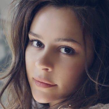 Bella Dayne Image