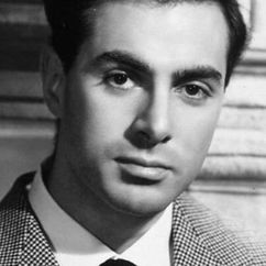 Antonio Cifariello Image