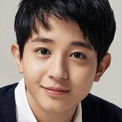 Jung Yoo-ahn Image