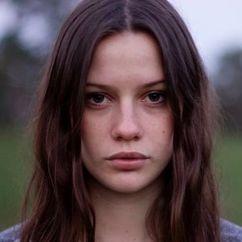 Lily Sullivan Image