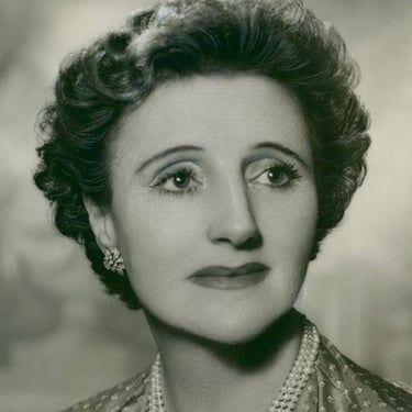 Joyce Carey