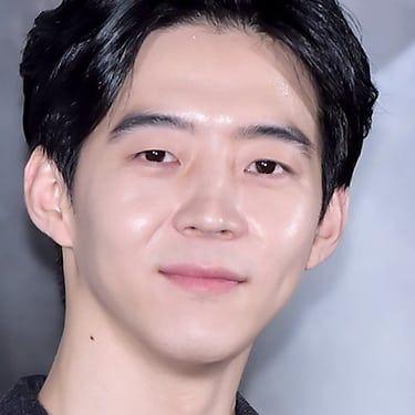 Park Yu-hwan Image