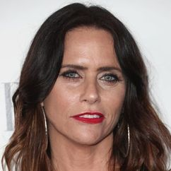 Amy Landecker Image
