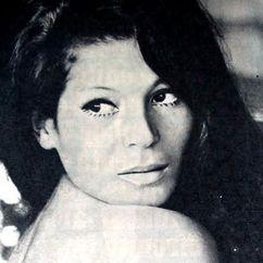 Esmeralda Barros Image