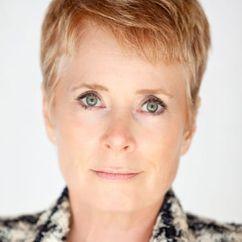 Linda E. Smith Image