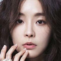 Jeong Yu-mi Image