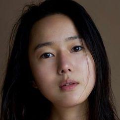 Yoon Jin-seo Image