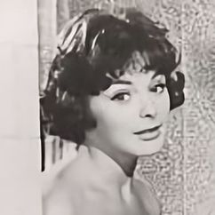 Lynette Bernay Image