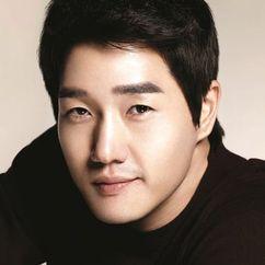 Yoo Ji-tae Image