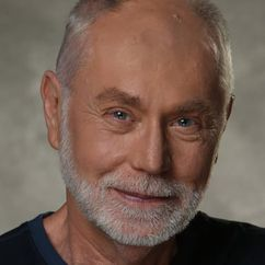 Robert David Hall Image