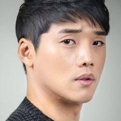 Kwon Hyuk-soo Image
