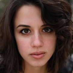 Jenna Kanell Image
