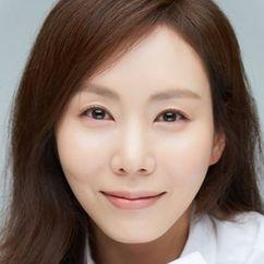 Park Ye-jin Image