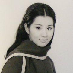 Sayuri Yoshinaga Image