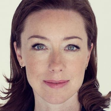 Molly Parker Image