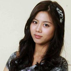 Lee Ah-jin Image