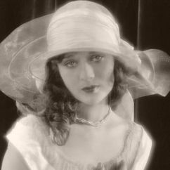 Dolores Costello Image