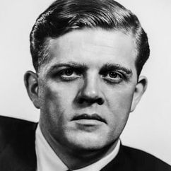 Pat Hingle Image