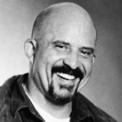 Tom Towles Image