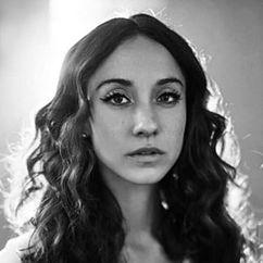 Stella Maeve Image