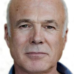 Michael Hogan Image