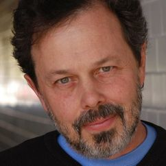 Curtis Armstrong Image