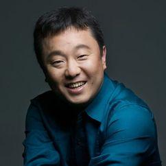 Park Su-young Image