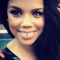 Kiely Williams Image