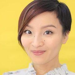 Rina Hoshino Image