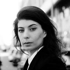 Anne Metzler Image