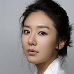 Yoon Jung-hee Image