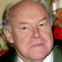 Timothy West Image