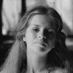 Teresa Ann Savoy Image