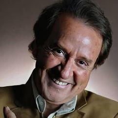 Carlos Villagrán Image