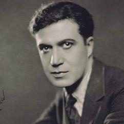 Arthur Edmund Carewe Image